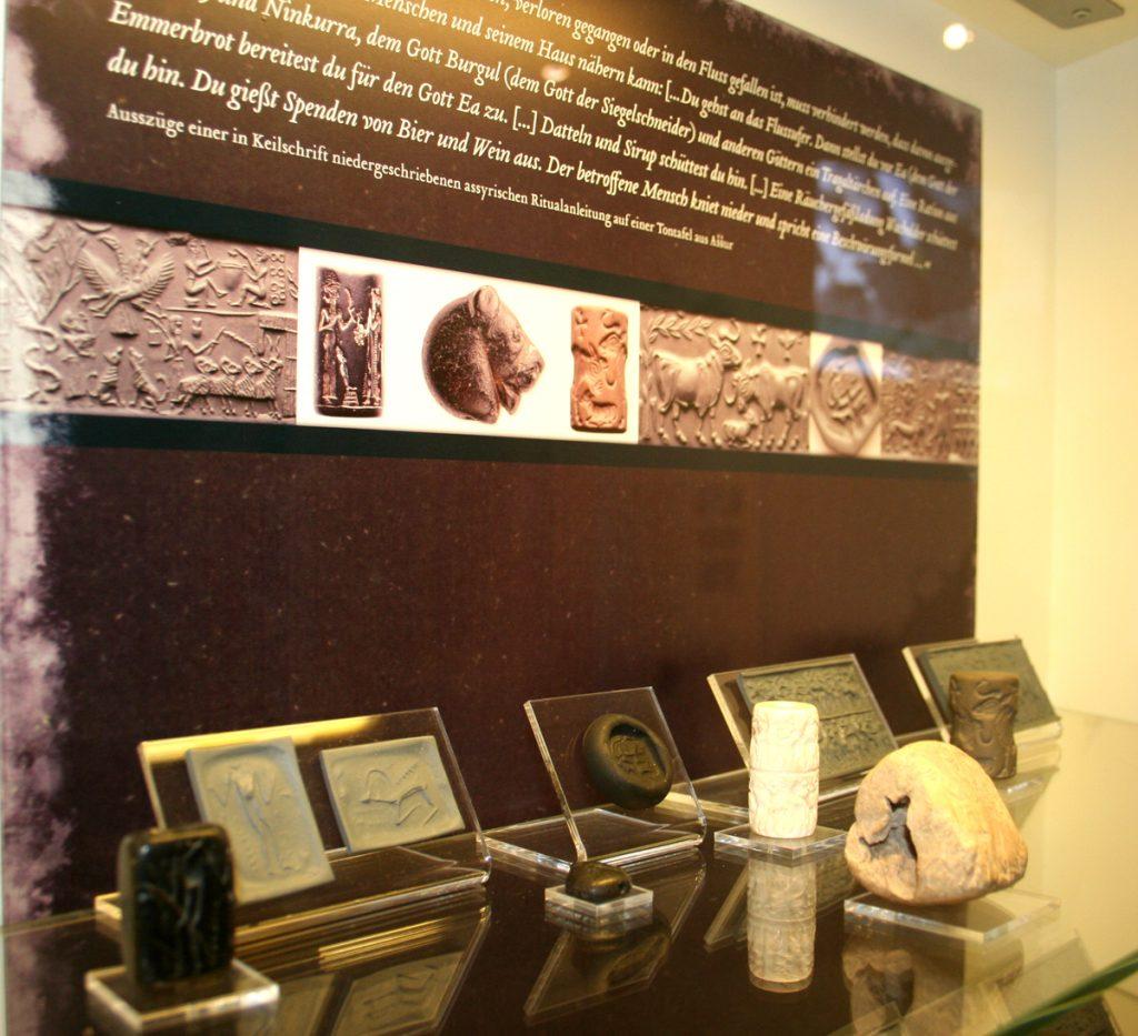 Sammlung Rollsiegel – Archäologisches Museum WWU