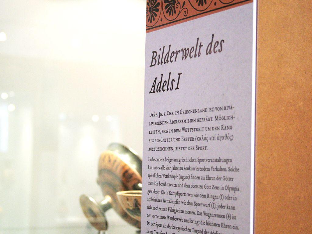 Ausstellung Vasen-Bilder-Welten – Archäologisches Museum WWU Münster