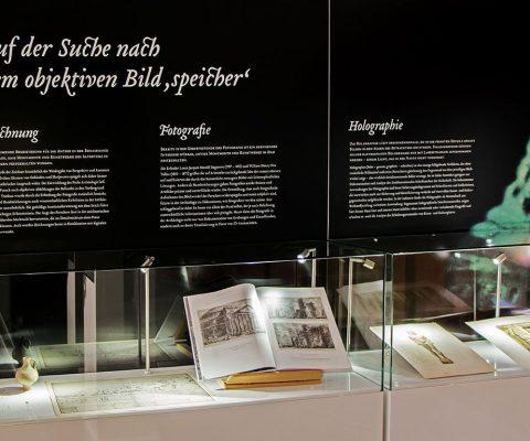 Sonderausstellung Lichtgestalten – Archäologisches Museum WWU Münster